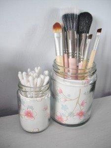 10-jars-makeup