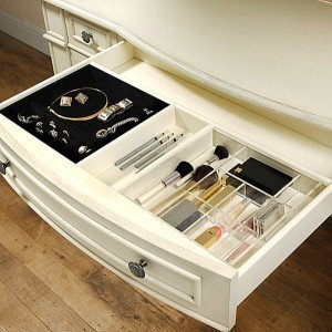 2-Makeup-drawer-organizers
