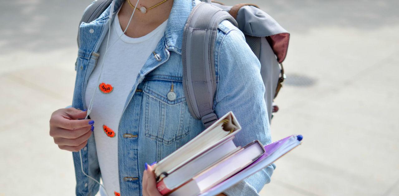 college-students-self-storage