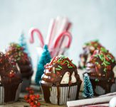 Christmas cupcakes and candy canes