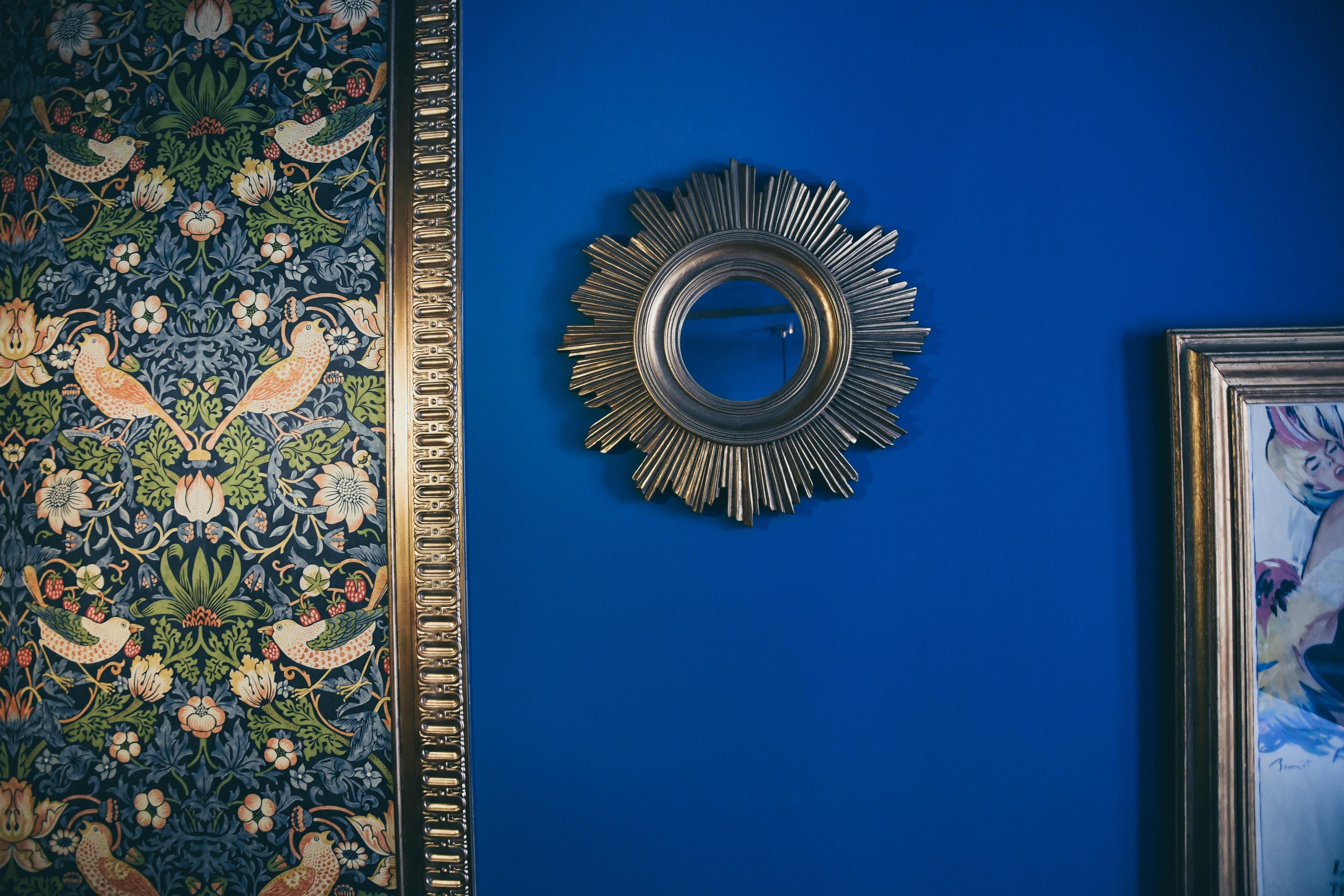 lush blue wallpaper decor