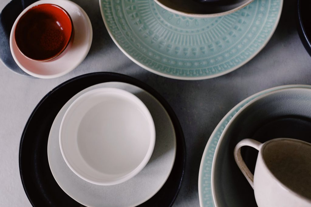 <alt text: Plates and bowls made of porcelain.>