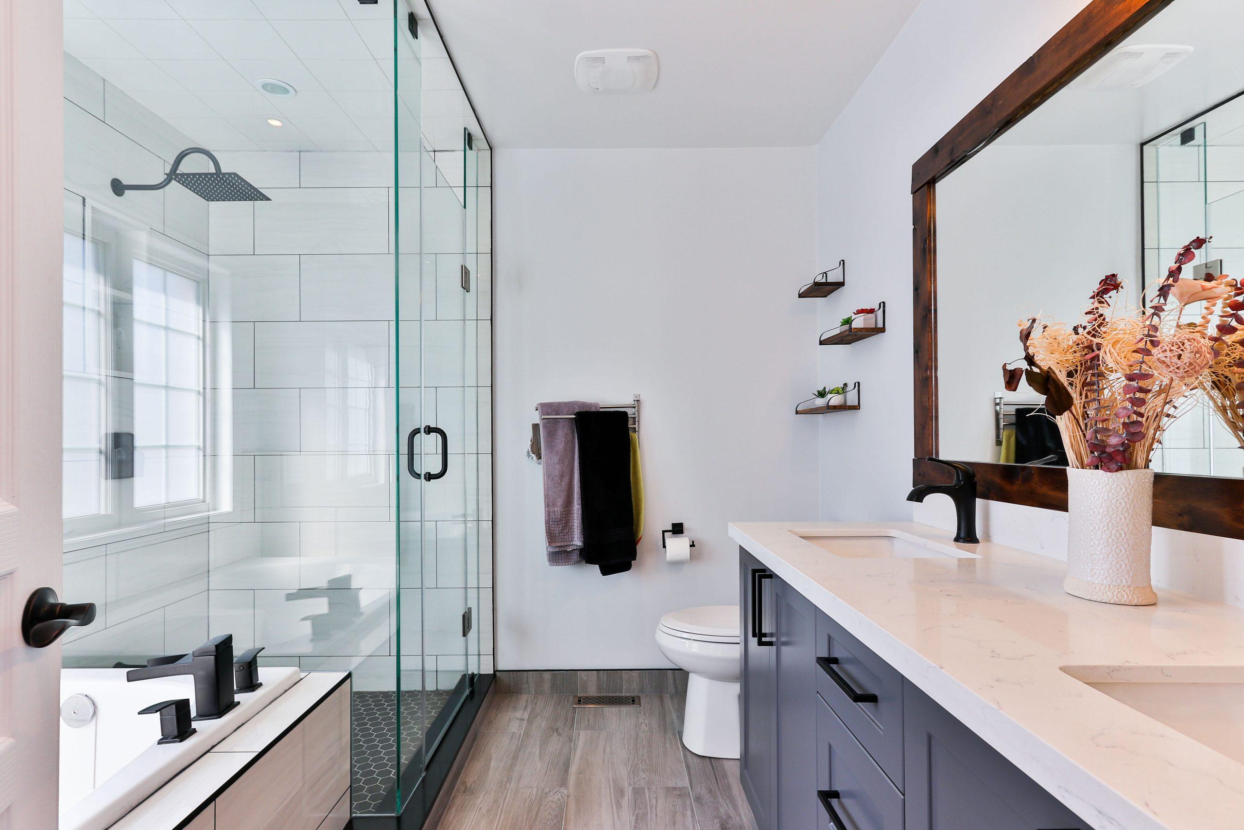 Bathroom Storage Ideas to Help Cut Down on Clutter