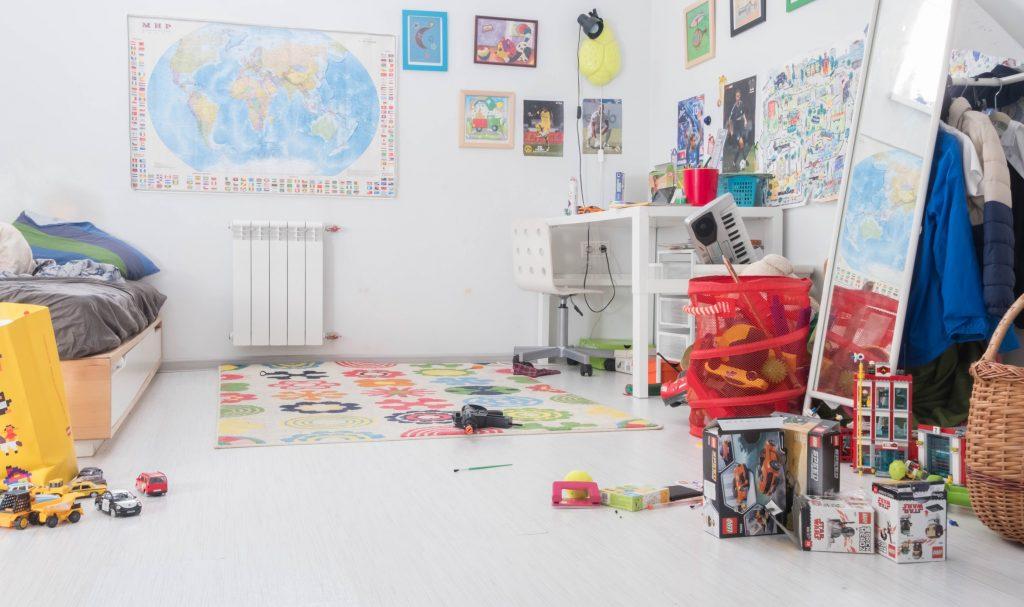 (alt-text: Kids room storage ideas keep away clutter and stress.)